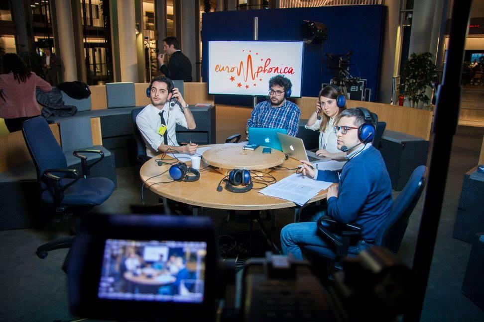 RadUni presenta disegno di legge a sostegno delle radio universitarie